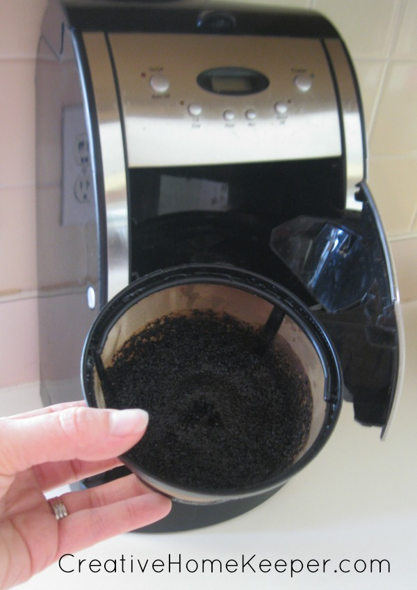 DIY Coffee Grounds Facial Scrub 1