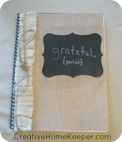 Cultivate a thankful heart all year by focusing gratitude. Create a simple DIY Gratitude Journal to record your blessings list or to journal you way through the Bible. | CreativeHomeKeeper.com