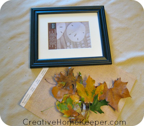 Easy DIY Pressed Leaves Wall Art: Preserving the season through pressed leaves is an easy way to add a little bit of fall around your home with this easy DIY pressed leaves wall art project. | CreativeHomeKeeper.com