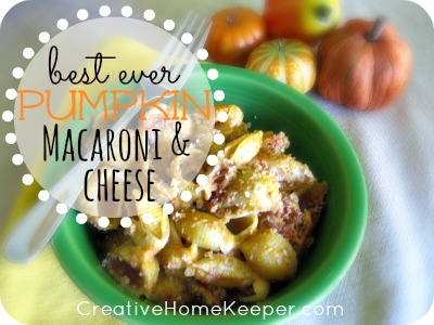 This pumpkin macaroni and cheese dish is delicious and a crowd pleaser. Warm, hearty, creamy and filling, its the perfect dish for the cooler nights of fall and winter. Plus it's freezer friendly too making it perfect for busy nights when you have to cook ahead. The whole family will love it! | CreativeHomeKeeper.com
