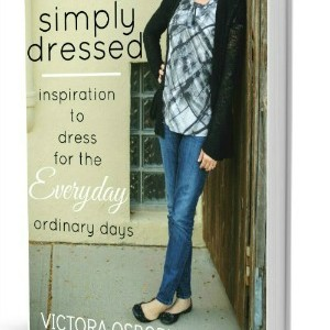 Simply Dressed 3D Book Cover 300 x 390