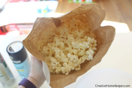 Got a craving for perfect popcorn? It's the perfect snack but it's even better when popped correctly! Learn how to correctly pop popcorn 3 different ways, whether it's a large batch for family movie night or when you just need a quick and light snack.