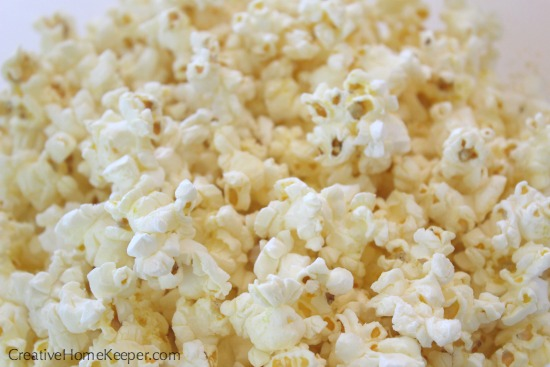 Want to enjoy popcorn but don't need to pop a large pot? Try this classic quick and easy single serving popcorn, perfect for an afternoon snack or for movie night!