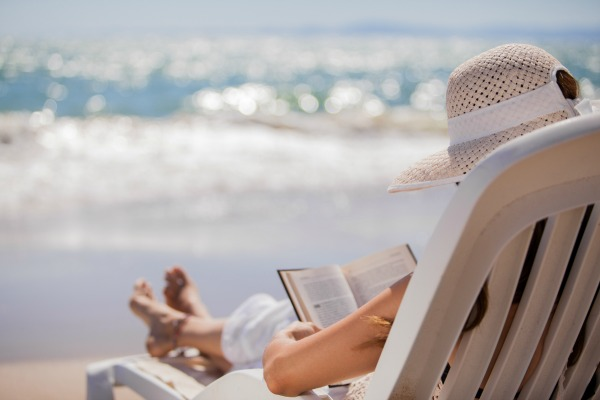 Want to make the most of your summer reading? Making a plan for intentional summer reading with these tips will help you fit in all those great books you have been looking forward to reading!