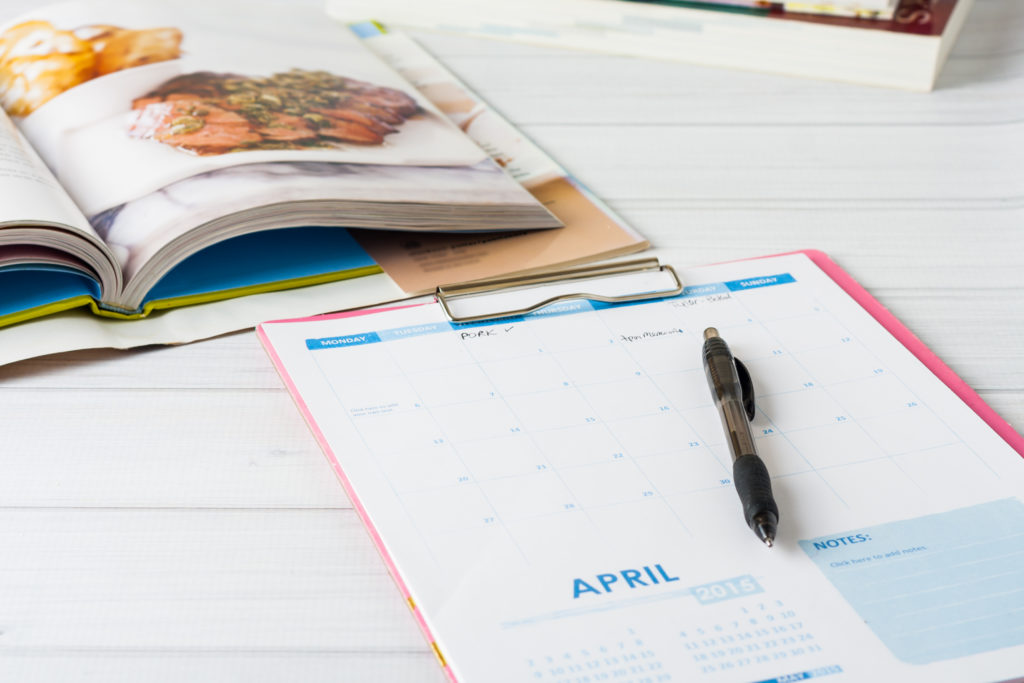 Create a super simple meal plan for the month with these easy tips!