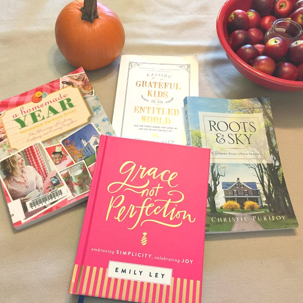 5 Reasons to Fall in Love with Fall Reading
